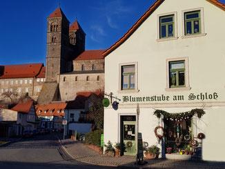 Am Fuss vom Quedlinburger Schloss liegt die Blumenstube am Schloss, der kleine Blumenladen mit Niveau