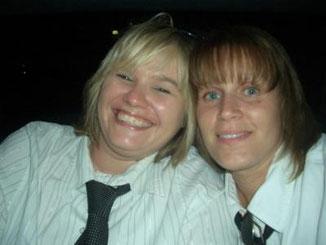 Junggesellinnenabschied Bine 2009 Tanja und ich in der Hummerlimo