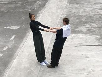 Qigong-Übung mit 2 Teilnehmern