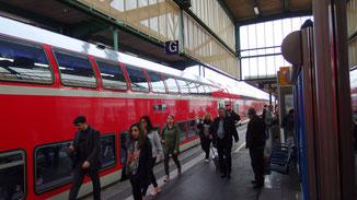 Ankunft auf dem Stuttgarter HBF... immer noch ein Sack und oberirdisch...