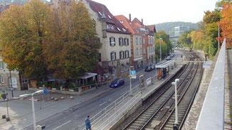 Wieder Häuser um uns rum... im Talkessel beim Südheimer Platz...
