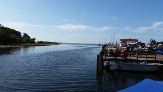 Momentan hält sich der Rummel im Hafen noch in Grenzen...