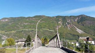 Sieht aus wie eine Eisenbahnbrücke - ist aber keine...