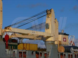 SAL Heavy Lift Maria, 350 t NMF Kran