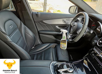 Mit Löchern versehendes Leder reinigen und pflegen wie der Profi. Mit Golden Bull Lederpflege reinigen und pflegen Sie perforierte bzw. gelochte Sport Ledersitze. Hochwertige Detailing Produkte für die Autositz und Fahrzeugpflege.