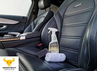 Lederreinigungsmittel und Lederpflegemittel für perforierte Autositze und Ledersitze. Perforiertes Lederinterieur reinigen und pflegen. Hochwertige Produkte für die Aufbereitung von Autos.