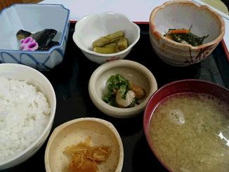 メニュー紹介 天ぷら定食 850円【七福温泉 七福荘】