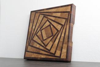 Almtaler Holzwurm, Jausenbrett, Stirnholz, Schneidebrett, Kernbuche, Buche,Almtal, Kunsthandwerk, Stirnholz, Almtal