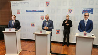 Alexander Lorz, Volker Bouffier und Kai Klose · Foto→ Staatskanzlei
