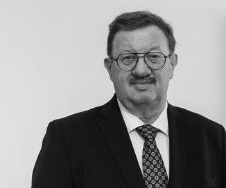 Dr. Hans Pucher