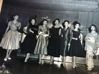 先々代撮影 日本初のメガネファッションショー