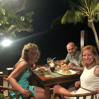 Restaurant Last Frontier, Corong Corong Beach