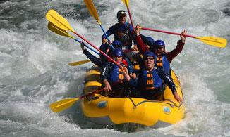 Rafting auf der Isar im Wildwasser