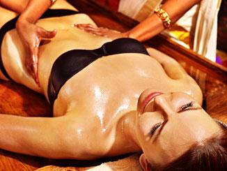 Udar-Abhyanga - Bauchmassage