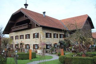 Haus außen vom s'Fuchserl