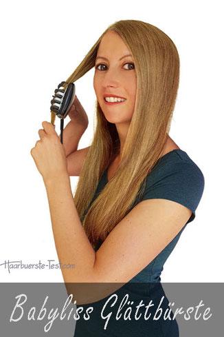 Babyliss Glättbürste Test, Glättbürste HBS101E Test, Frau, lange glatte blonde Haare mit Babyliss Glättbürste