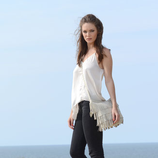 Luna - bohemian style leather cream fringebag crossbody