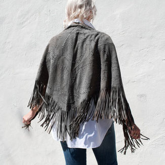LARGE SUEDE  GREY SHAWL WITH FRINGES