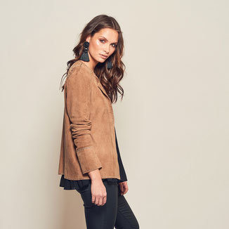 CAMEL SUEDE WESTERN JACKET WITH STUDS
