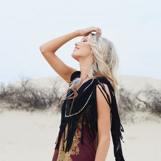 BLACK SUEDE SHAWL WITH FRINGES AND SILVER STUDS