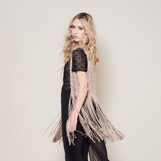 SOHO VEST WITH FRINGES - POWDER