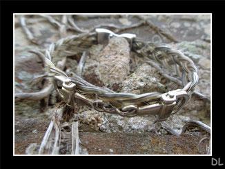 """Bracelet en crins gris, connecteur """"mors"""""""
