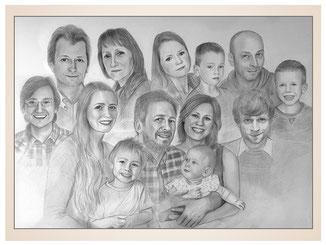 inna-bredereck-auftragsmalerei-familienportrait-kunstwerk-portraitzeichnungen-grossfamilie-eltern-grosseltern-enkel-kinder