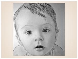 inna-bredereck-auftragsmalerei-portraitzeichnung-kunstwerk-staunendes-baby-augen-offener-mund