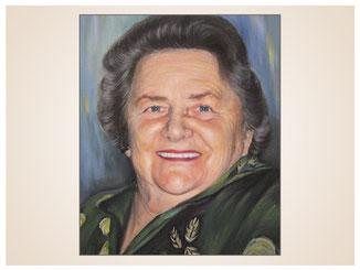 inna-bredereck-auftragsmalerei-portraitzeichnung-kunstwerk-seniorin-frau-laecheln