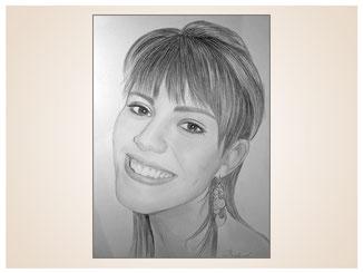 inna-bredereck-auftragsmalerei-portraitzeichnung-kunstwerk-frau-laecheln-zaehne