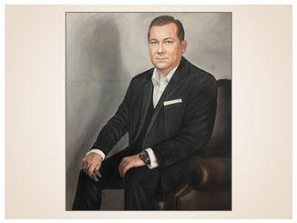 inna-bredereck-auftragsmalerei-portraitzeichnung-kunstwerk-mann-sessel-sitzen