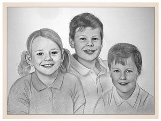 inna-bredereck-auftragsmalerei-familienportrait-kunstwerk-portraitzeichnungen-kinder-maedchen-jungen