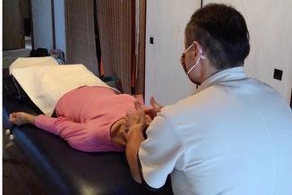 ヨガで筋肉を緩め、ATN療法で自律神経を調整する