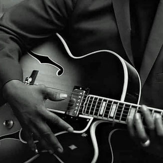 corsi di chitarra jazz a carmagnola torino improvvisazione standard