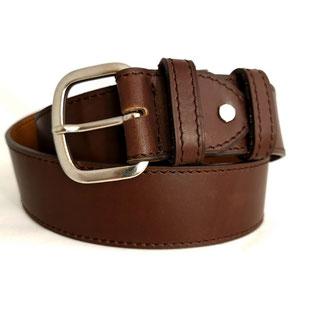 ceinture en cuir marron de createur maroquinier double cuir et fabrication francaise en atelier artisanal