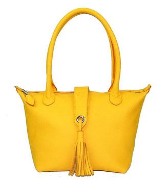 sac à main en cuir de veau grainé jaune soleil avec pompon fabriqué par un artisan maroquinier