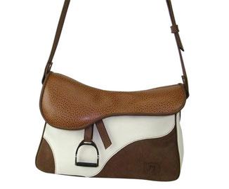 sac besace en forme de selle de cheval en cuir thème équestre par ml-selleir