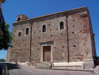 Chiesa della Madonna della Catena: facciata