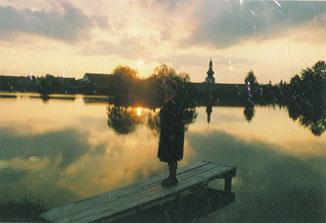 Unsere Mutter am Ottenschlager Teich