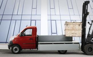 Piaggio Porter NP6 Platzoptimierung Garage Stocker Muttenz