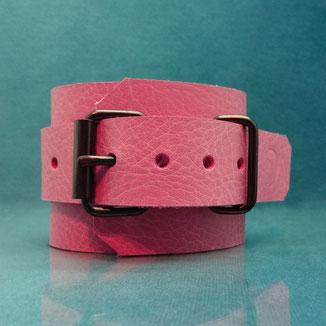 Candy Cuffs pink handcuffs pink leather cuffs pink leather wrist cuffs roze leren polsboeien roze handboeien roze lederen boeien