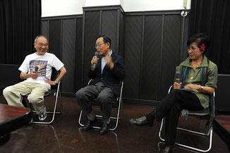 「懇談する(左から)司会の名取、島田、ゲストの坂田雅子監督」(橋本照嵩・撮影)