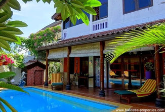 Jimbaran house for sale with 4 bedrooms