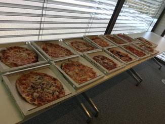 Buffet de pizzas