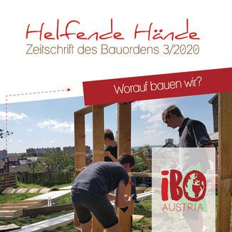 Zeitschriften-Cover: junge Leute arebiten mit Holz im Freien