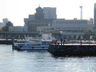 横浜市・神奈川県庁本庁舎遠望