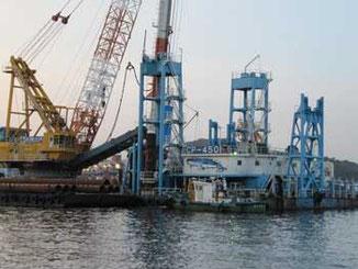 神奈川県横須賀市・横須賀港の港湾工事