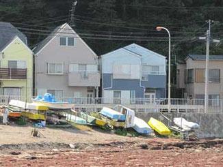 横須賀市・観音崎海水浴場のボート置き場