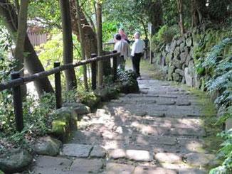 鎌倉・浄妙寺の石の階段