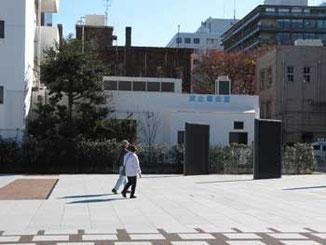 横浜市・海岸通りの波止場会館